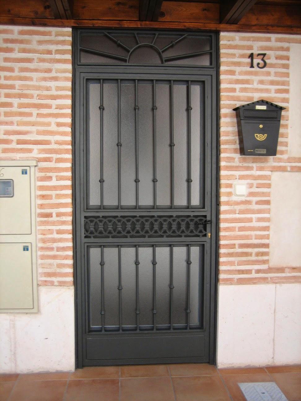 Cerrajero san vicente del raspeig urgente medina Puertas corredizas hierro